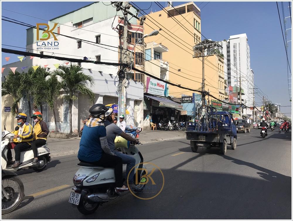Cho thuê tầng trệt toà nhà 659 Âu Cơ Phường Tân Thạnh Quận Tân Phú 3